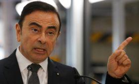Бывший глава Nissan назвал свой арест несправедливым