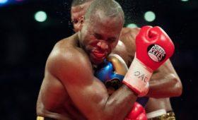 СМИ: Канадский боксёр Стивенсон заговорил после двух недель комы