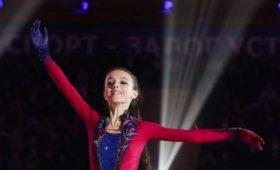 Фигуристка Щербакова лидирует после короткой программы наЮношеском олимпийском фестивале
