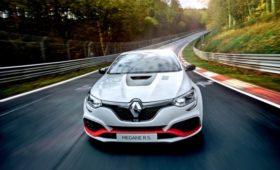 Король переднего привода: Renault Megane R.S. Trophy-R установил рекорд Нюрбургринга