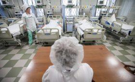 Почти 60% регионов провалили указ Путина по зарплатам медперсонала