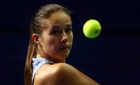Касаткина проиграла Петкович настарте турнира вИстбурне