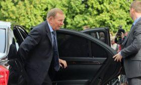 Зеленский вернул Кучму в контактную группу по Донбассу