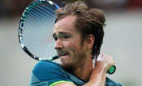 Медведев победил натурнире серии «Мастерс» впервые вкарьере