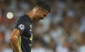 Фанаты готовят искна€ 50млнзанеучастие Роналду втоварищеском матче