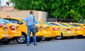 HSBC назвал Россию лидером среди крупных стран по невыгодности личного автомобиля