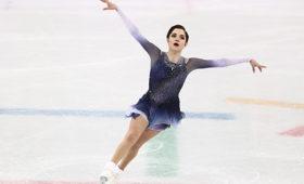 Медведева заняла второе место вкороткой программе натурнире вКанаде
