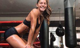 Видео танцующей накухне боксёрши стало вирусным