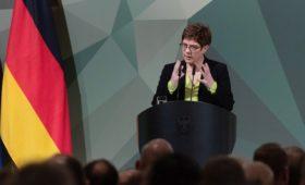 В Германии заявили о необходимости усилить давление на Россию